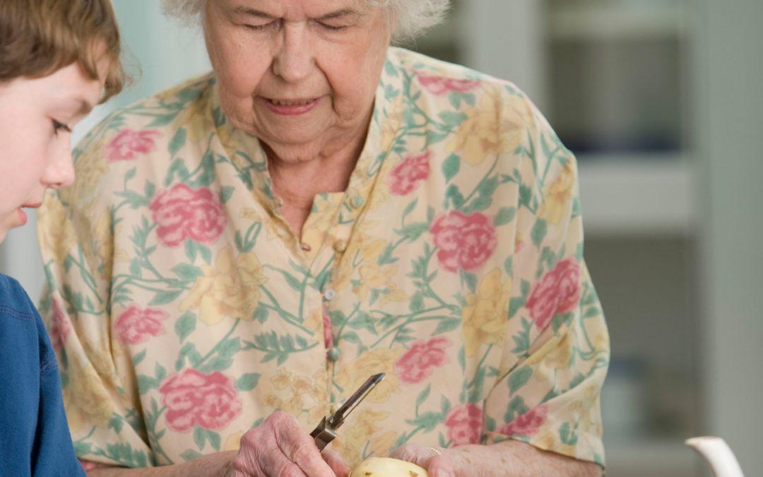 Les bienfaits de cuisiner quand on est senior
